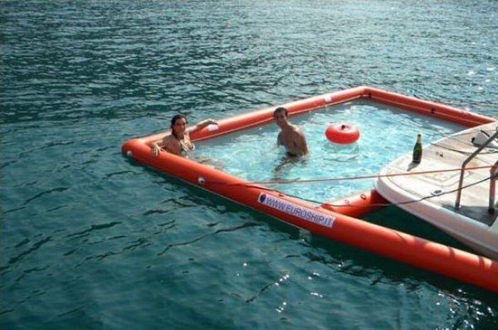 Отличный съемный бассейн для яхт (11 фото)