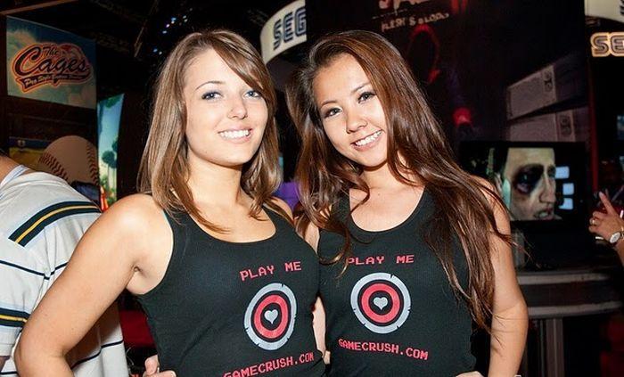 Девушки c выставки компьютерных игр (64 фото)