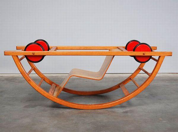 Детская машина - кресло-качалка (7 фото)
