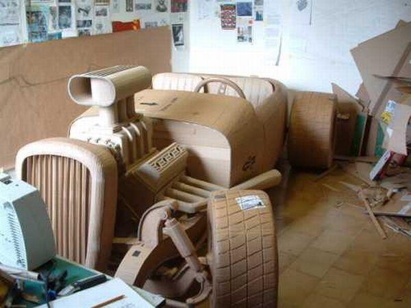 Машинки из картона (16 фото)