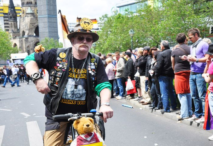 Русские на гей-параде в Берлине (61 фото)