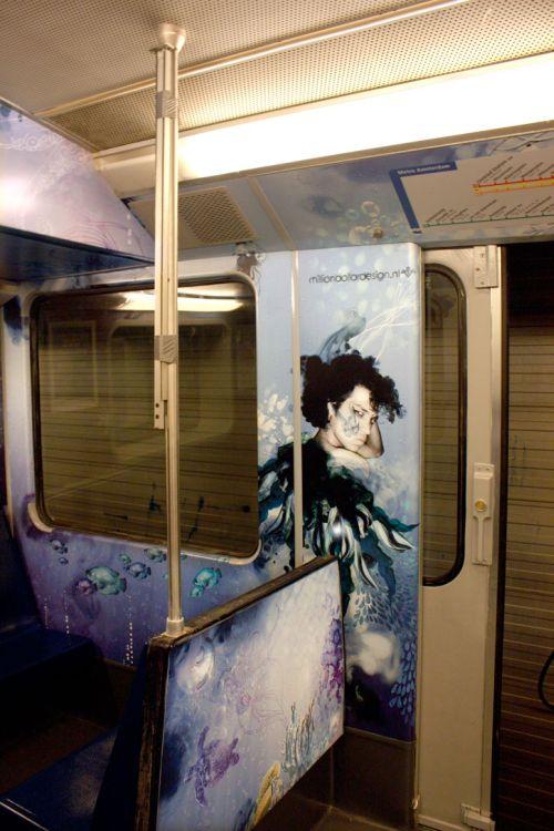 Красивый вагон метро (9 фото)