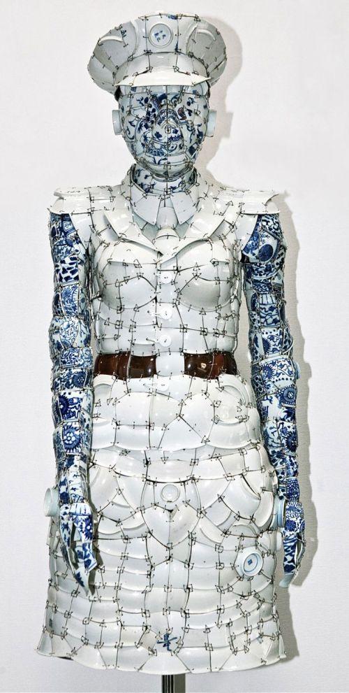 Фарфоровая одежда (8 фото)