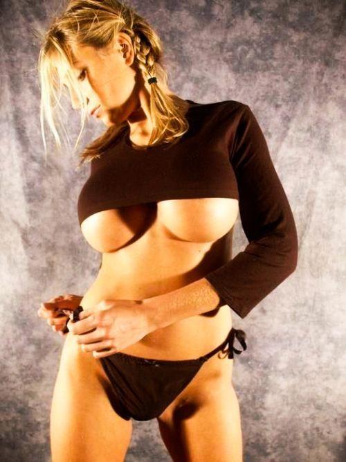 Нижняя часть груди. Часть 2 (150 фото)