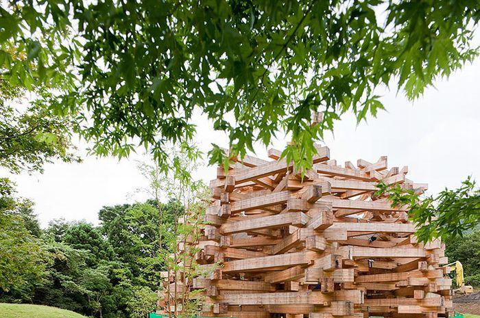 Японская игровая площадка в лесу (19 фото)