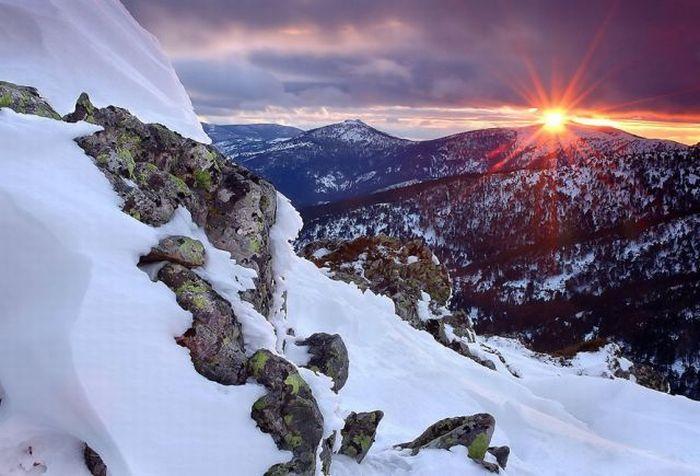 http://cdn.trinixy.ru/pics4/20100706/beautiful_photos_of_nature_40.jpg