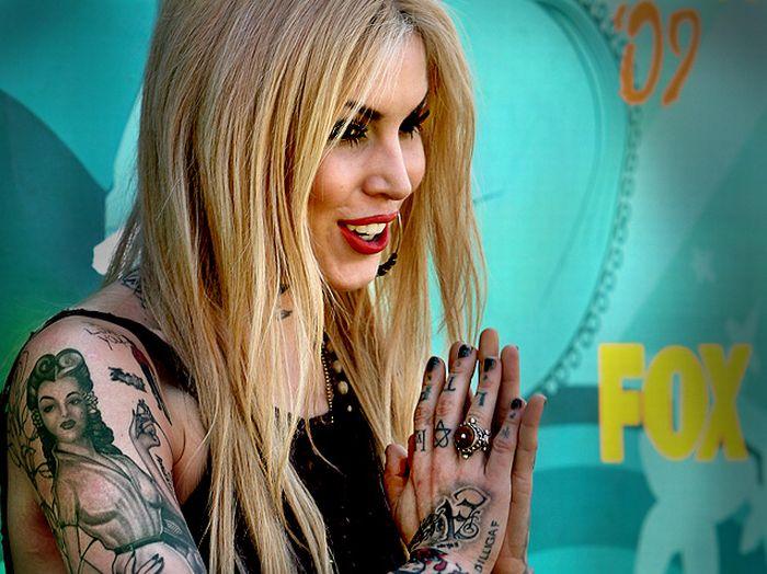 Татуировки звезд (75 фото)