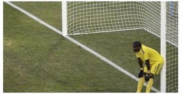 Самый спокойный вратарь Чемпионата мира (6 фото)