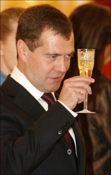 Смешные фотографии президента Медведева (20 фото)
