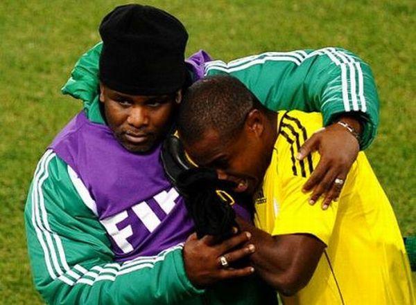 Слезы футбола. Когда взрослые мужчины плачут (20 фото)