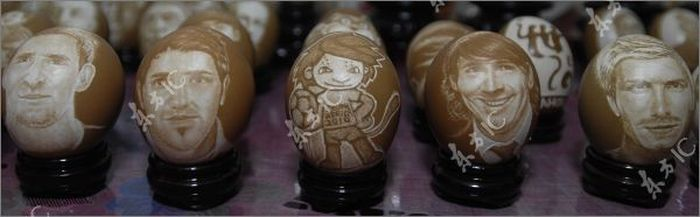 Футбольный креатив из  яичной скорлупы (13 фото)