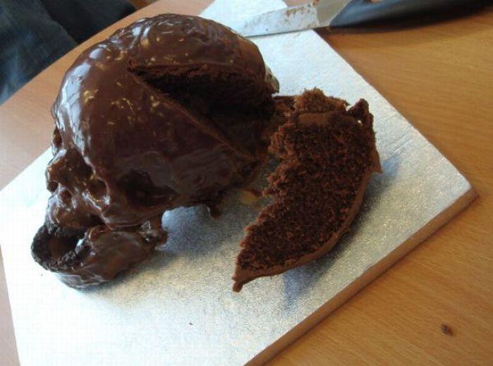 Готический торт (11 фото)