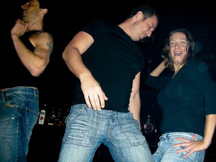 Они пялятся на сиськи! (106 фото)