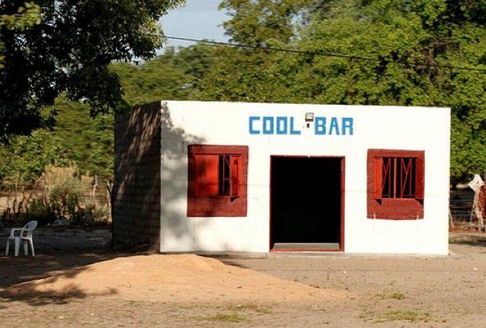 Бары Намибии (10 фото)