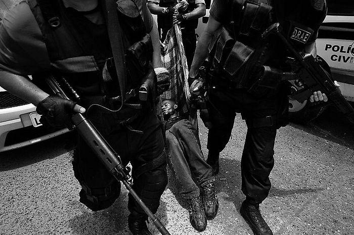 Банды Рио-де-Жанейро (29 фото)