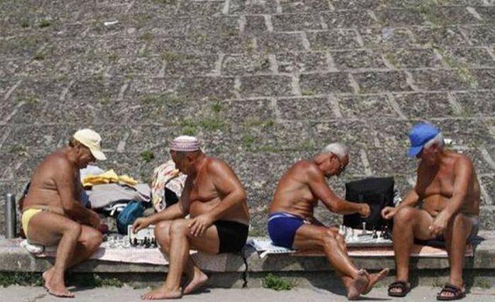 Жаркое лето 2010 (77 фото)