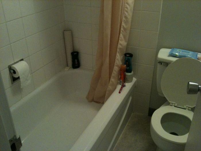 Странный туалет в гостинице (1 фото)
