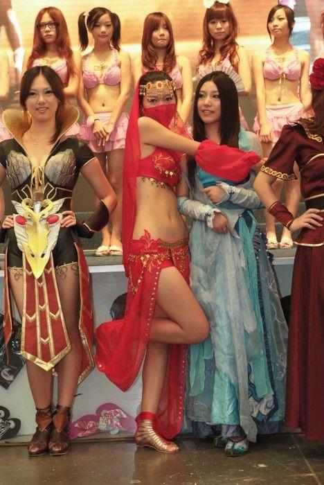 Девушки ChinaJoy 2010 (52 фото)