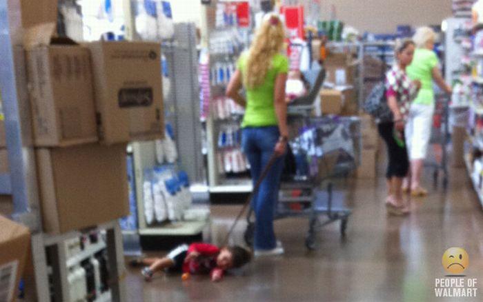 Смешные люди из супермаркетов. Часть 6 (85 фото)