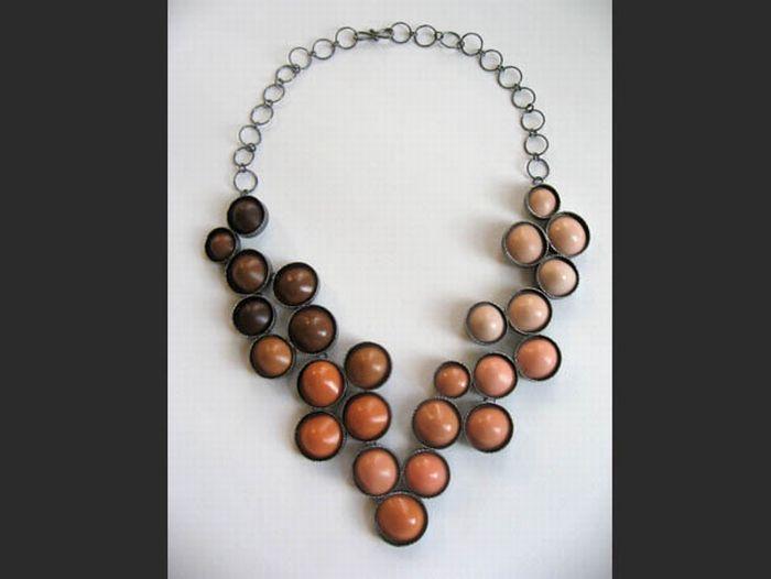 Необычные ожерелья (18 фото)