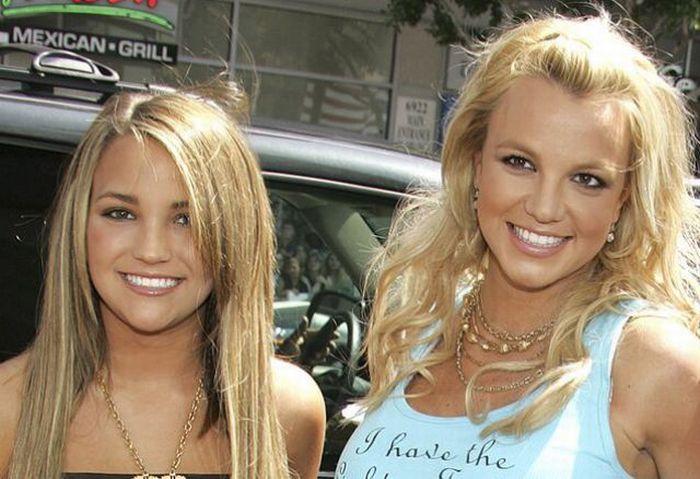 Бритни Спирс и её сестра Джейми Линн Спирс (фото). 5. 4. 3. 2. 1