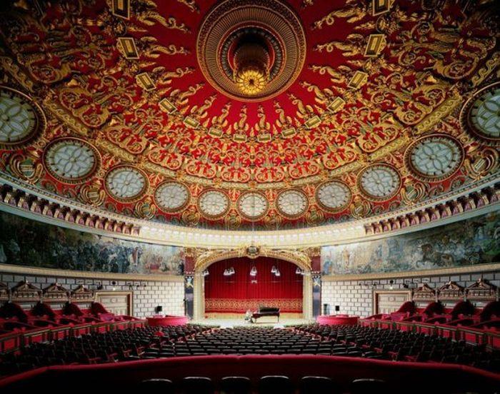 Самые красивые оперные театры мира (24 фото)