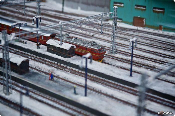 Самая крутая в мире миниатюрная железная дорога - Miniatur Wunderland (68 фото)