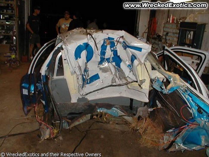 Разбитые полицейские машины (49 фото)