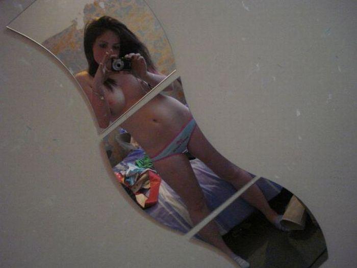 Девушки перед зеркалами (97 фото) НЮ