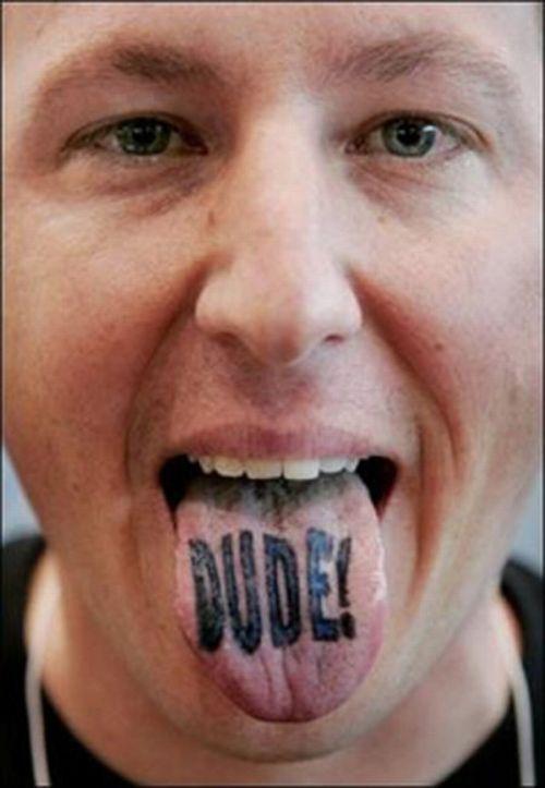 Татуировки на языках (22 фото)