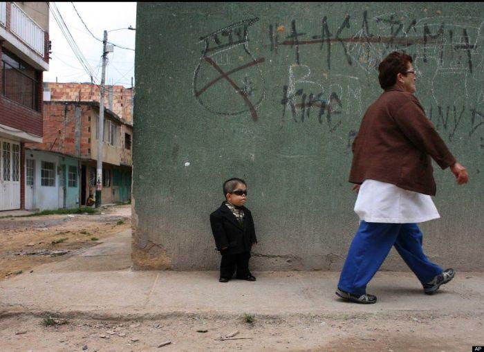 Самый низкий человек в мире (11 фото + видео)