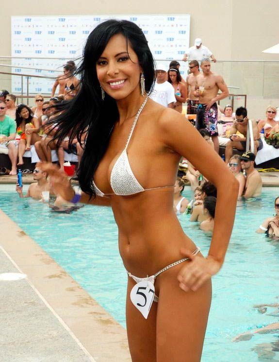 Вечеринки в бассейнах Лас Вегаса (96 фото)