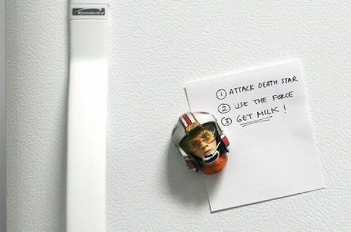 гиф смешные картинки на магнит холодильника вызвано искривлением