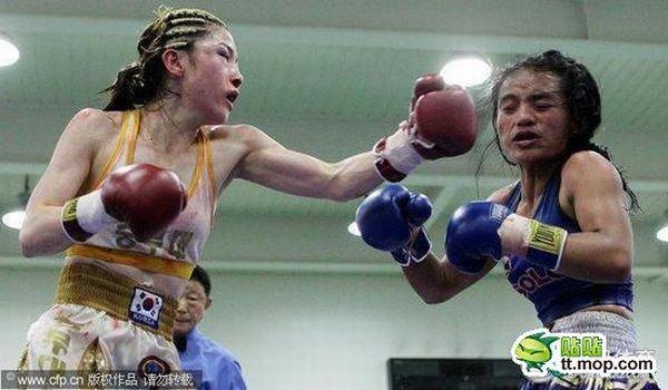 Женский бокс - это ужасно (12 фото)