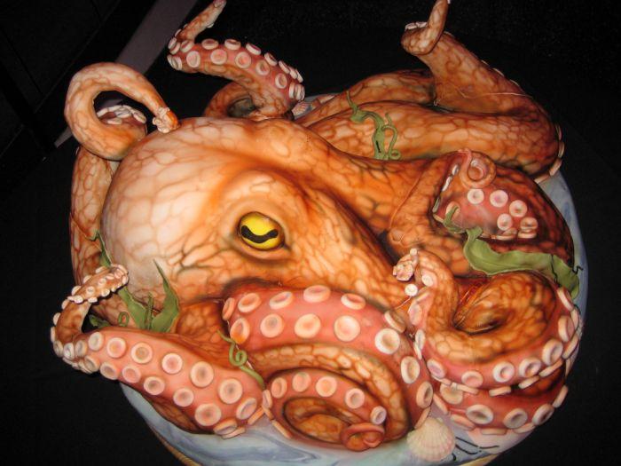 Гигантский торт в форме осьминога (6 фото)
