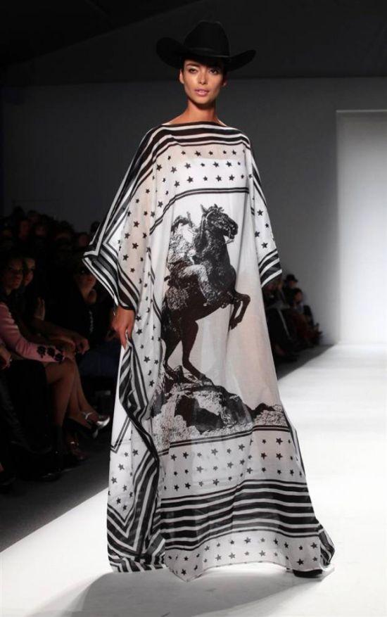 Самая необычные модные тенденции на Неделе моды в Нью Йорке (21 фото)