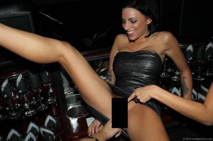 Отдых порнозвезд (32 фото) НЮ