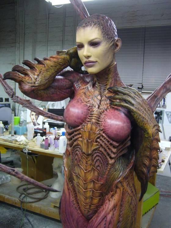 Статуя Сары Керриган (24 фото)