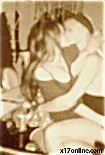 Линдсэй Лохан и Пэрис Хилтон отрываются (6 фото)