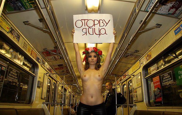 Борьба с приставаниями в метро (6 фото) НЮ