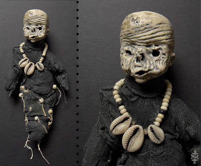 Жуткие куклы (20 фото)
