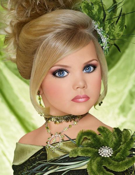 http://trinixy.ru/pics4/20101005/child_beauty_pageant_15.jpg