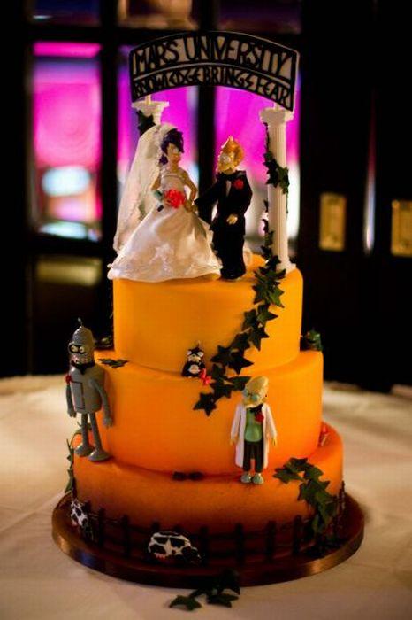 Свадебный торт фанатов Футурамы (10 фото)