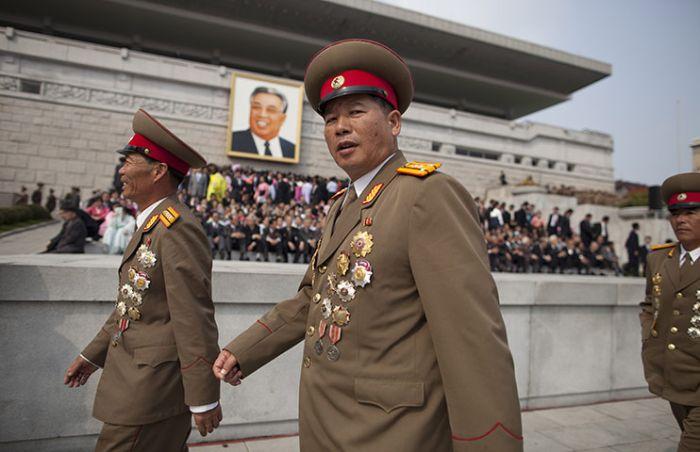 разнообразят вкусовую полководцы северной кореи фото начать