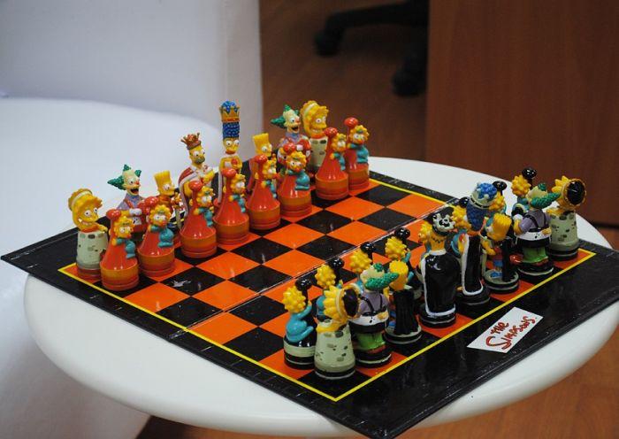 Шахматы для фаната Симпсонов (7 фото)