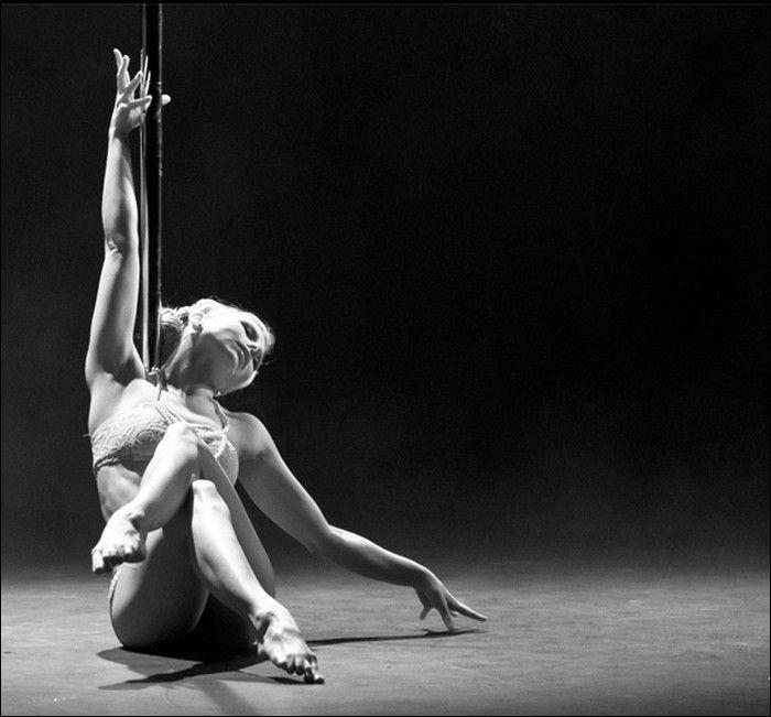Искусство стриптиза (17 фото)