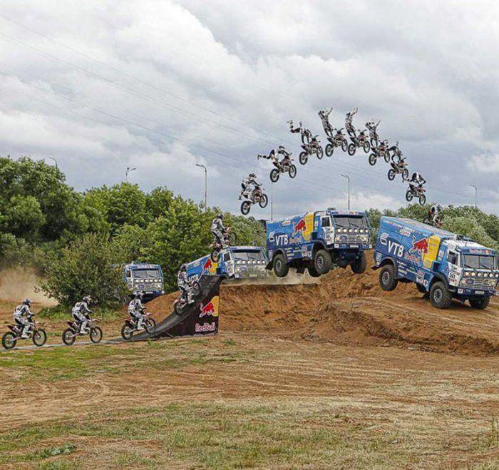 Экстремальные трюки на мотоциклах (29 фото)