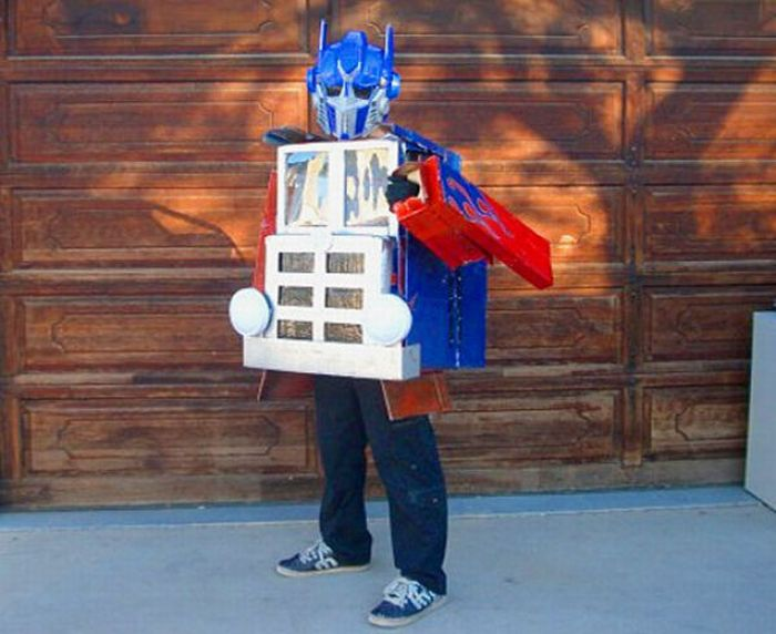 Необычные костюмы для Хэллоуина (31 фото)