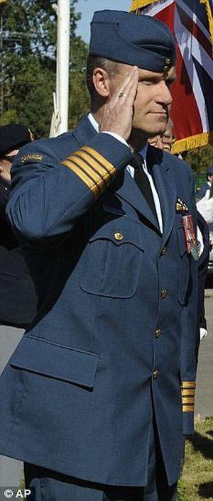 В Канаде осужден пилот-маньяк (5 фото)