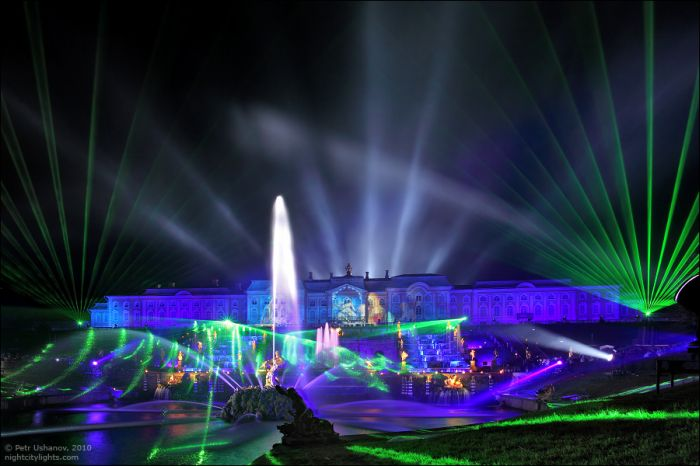 Петергоф - Праздник фонтанов 2010 (40 фото)